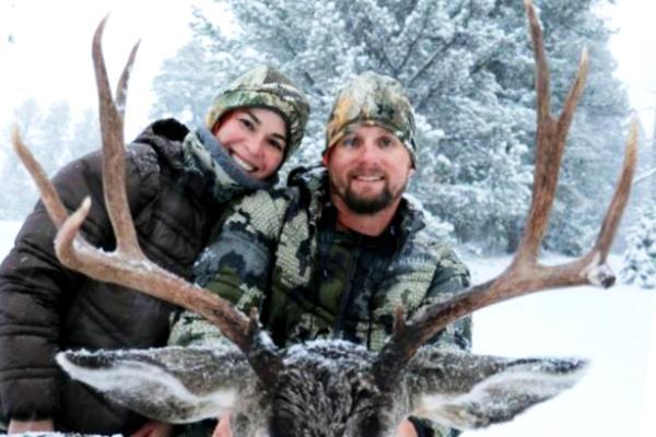 Lindsey's Honeymoon Mule Deer Hunt